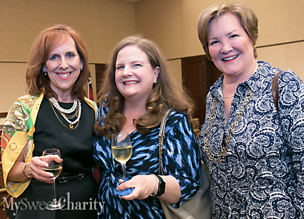 IMG_5631 Susan Farris, Paige McDaniel and Margo Goodwin