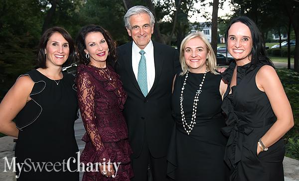 IMG_4178 Isabell Novakov, Angela Nash, Tim and Kim Quinn and Joanna Clarke