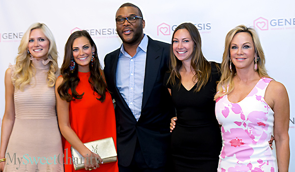 IMG_5298 Tess Merriman, Rachel Hutchinson, Tyler Perry, Holly Hutchinson and Kathleen Hutchinson