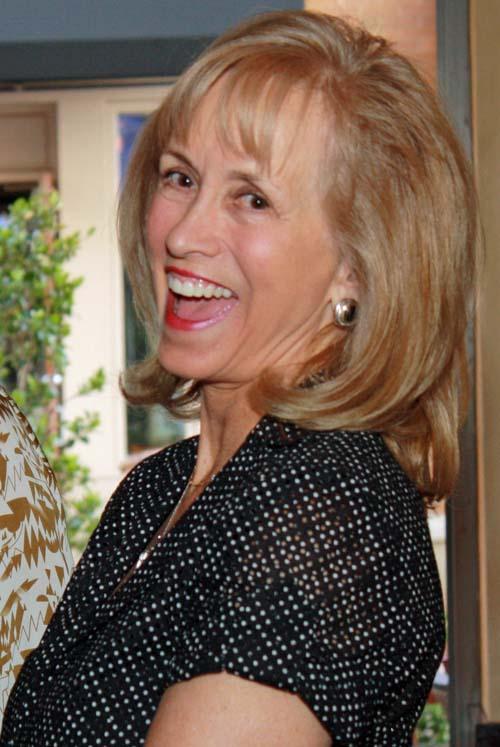 <b>Julie Turner</b> - Julie-Turner-IMG_1171