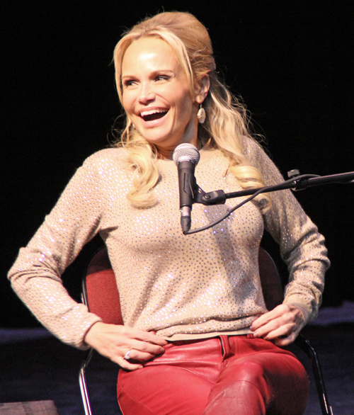 NasherSALON Series' Award-Winning Kristin Chenoweth Hits All The Rights Notes Perfectly Despite A Case Of Bronchitis