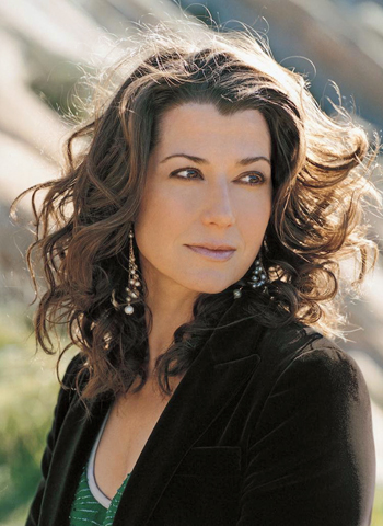 JUST IN: Amy Grant To Headline The Salvation Army Luncheon