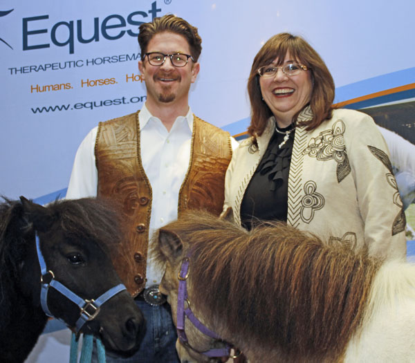 Sugar And Tex Redefined Indoor Plumbing And Charmed Equest Triple Crown Gala Patrons At Antèks