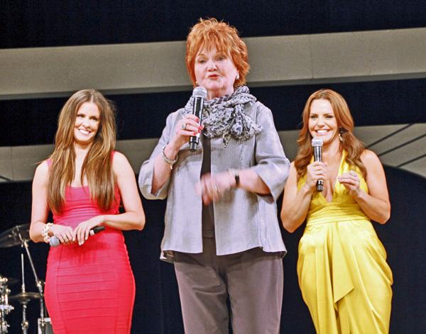 Courtney Kerr, Suzie Humphreys and Lisa Pineiro