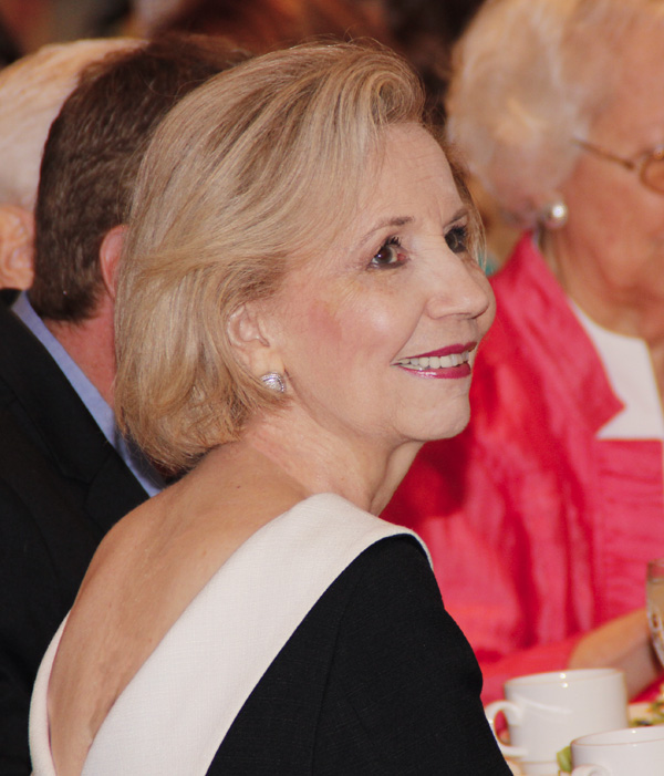 Yvonne Crum