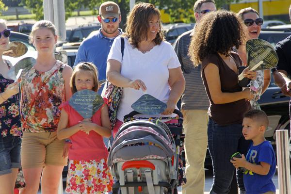 Moore Park Gateway fans with fans