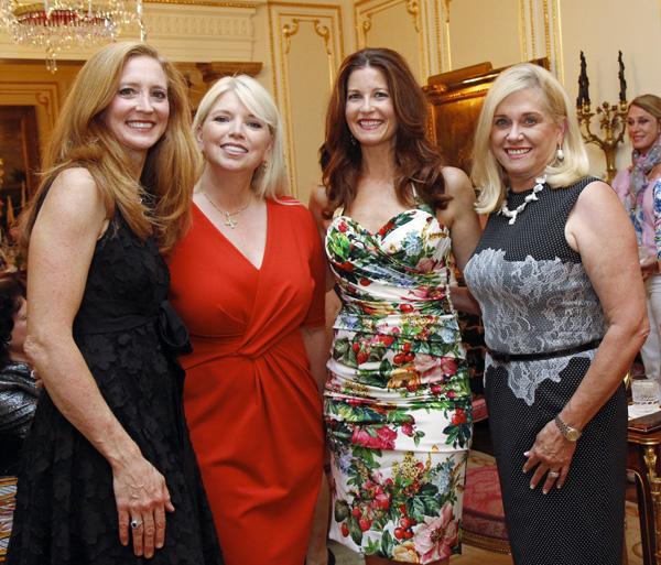 Tiffany Divis, Jennifer Houser, Francie Moody-Dahlberg and Ann Dyer