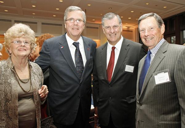 Sally Hoglund, Jeb Bush, Mike Rawlings and Forest Hoglund