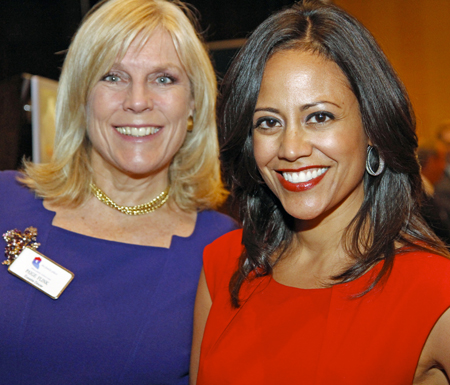 """Texas Trailblazer Award Luncheon Salutes Heroes And Features """"Bully""""'s Cynthia Lowen"""