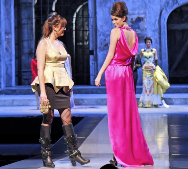 Abi Ferrin and model