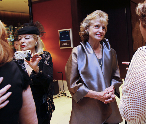 Susanne Dicker and Harriet Miers
