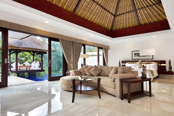 Deluxe Terrace Suite **