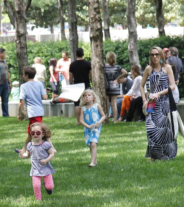 Scampering through the Nasher Sculpture Center gardens