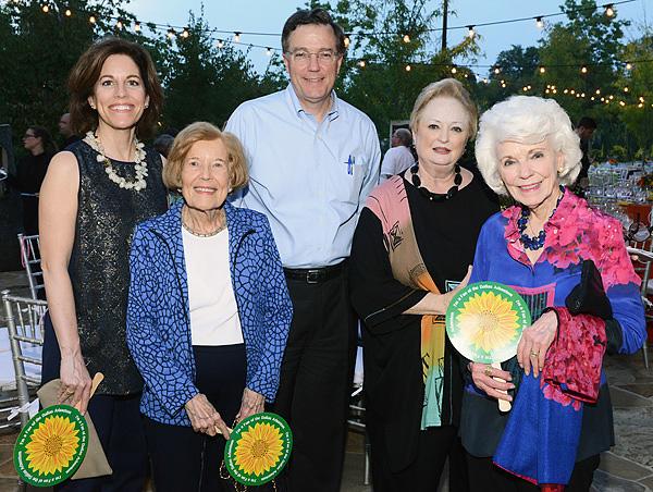 Betsy Hunt, Freda Huckin, Houston Hunt, Mary Brinegar, Caroline L. Hunt*
