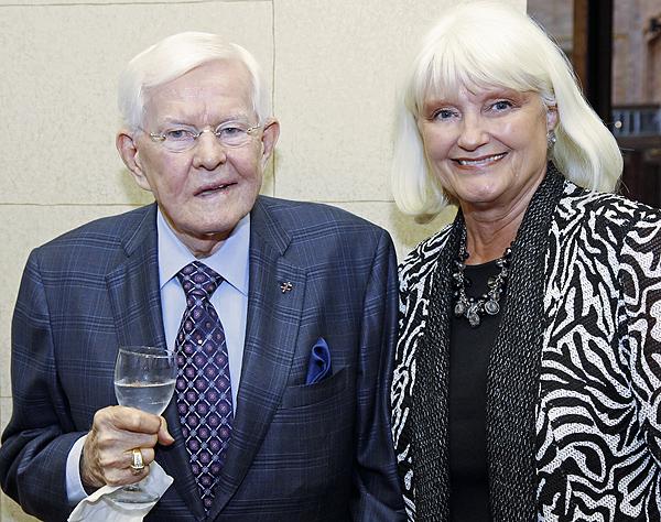 Bo Pilgrim and Connie Yates