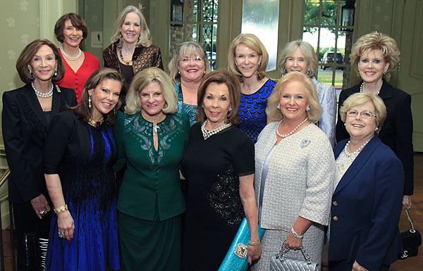 Front row: Sherwood Wagner in blue and Lissa Wagner in green*