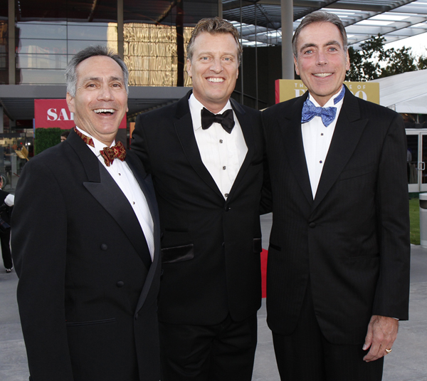 First Night's Festivities Ranged From Glamorama Red Carpet To A Record-Breaking Crowd For Opera Simulcast In Klyde Warren Park