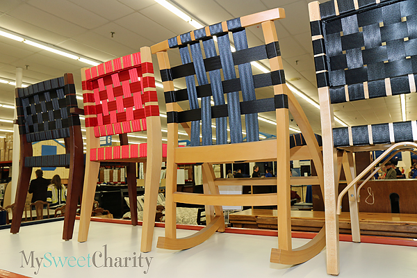 Chairs made of seat belts