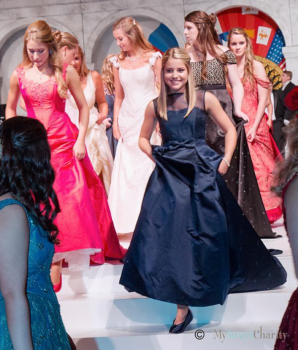 2015 La Fiesta De Las Seis Banderas duchesses