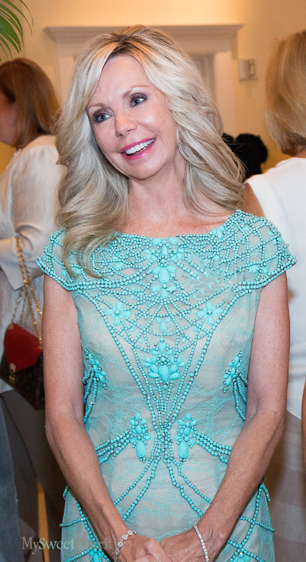 Dallas Symphony Orchestra League Debs And Honor Guard Prove Jeans And Louboutins Do Mix Well