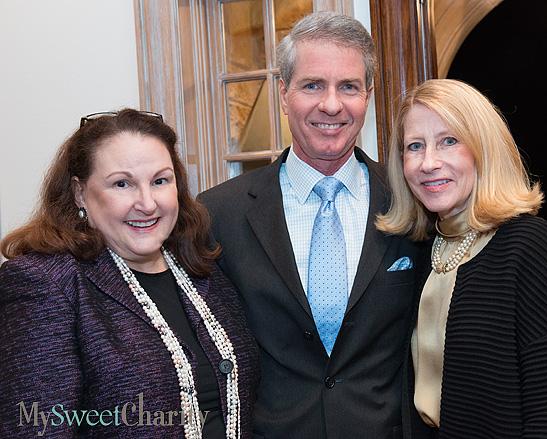 Barbara Hunt Crow and Nickey and Debbie Oates