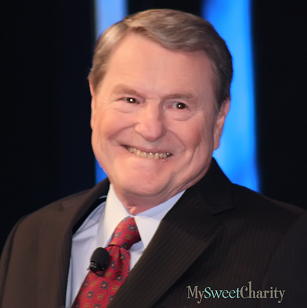Jim Lehrer (File photo)