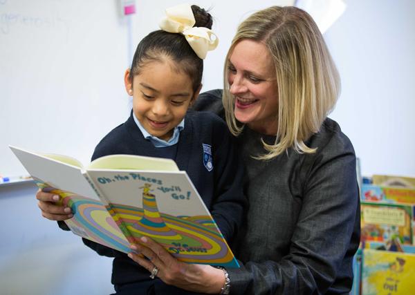 Jennifer Sampson reading at Uplift*