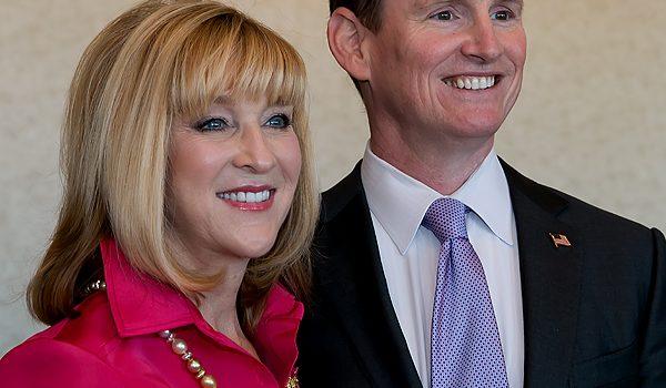 Parkland Advocate Debbie Dudley Branson Is Honored With Prestigious Linz Award