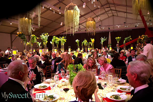 2016 Art Ball dining room