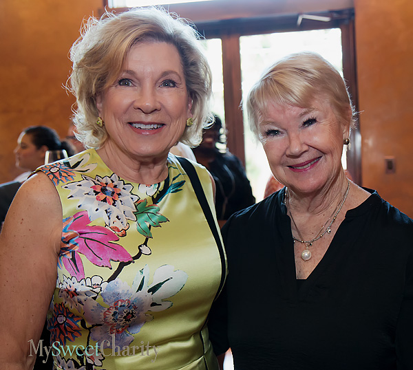 Marianne Staubach and Nancy Ann Hunt