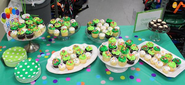 Birthday cupcakes*