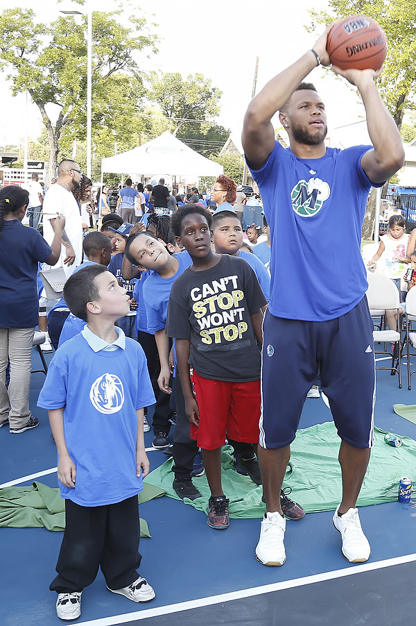 Justin Anderson demonstrating a free throw*