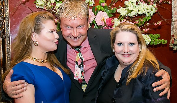 Philanthropist Sherwood Wagner Turned Her Preston Hollow East Mansion Into A Floral Delight For The Art In Bloom Patrons