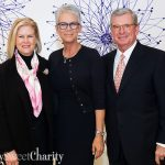 "1,300 People Had A ""Hinge"" Experience By ""Connecting"" With New BFF Jamie Lee Curtis At The Celebrating Women Luncheon"