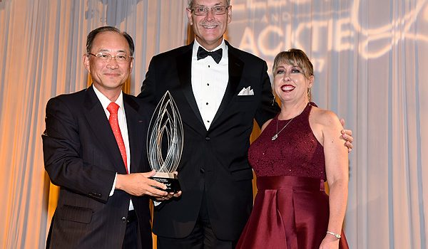 Fujitsu Network Communications Inc. Receives Methodist Richardson Medical Center Foundation's Legacy Award At Yellow And Black Gala