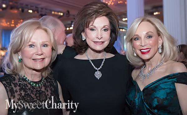 IMG_1251 Gayle Stoffel, Gene Jones and Anita Arnold