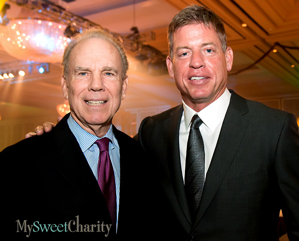 IMG_3746 Roger Staubach and Troy Aikman