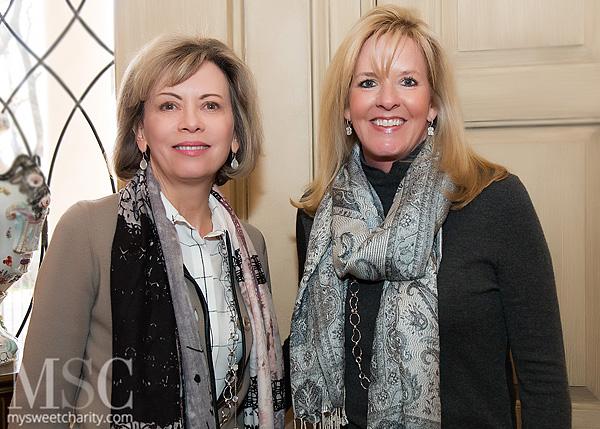 IMG_5407 Lisa Simmons and Amy Simmons Crafton