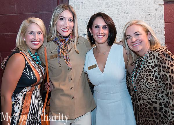 IMG_7409 Danielle Sealy, Randi McParlin, Isabell Novakov and Kim Quinn