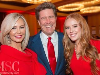 IMG_8601 Lisa and Clay Cooley and Ciara Cooley
