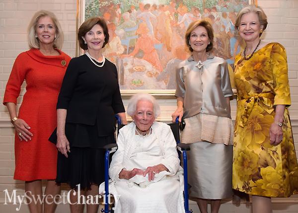 IMG_9938 Debbie, Laura, Margaret, Caren and Deedie